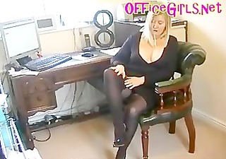 bbw secretary whore in dark hose with nylons