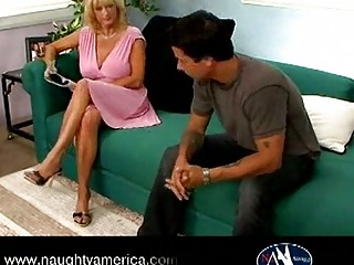 Hot curvy busty mature cougar rheina shine