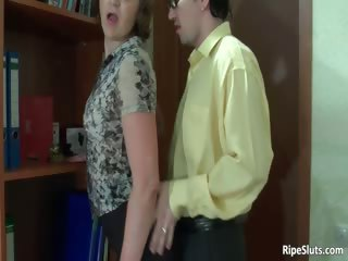 breasty older horny wench gets vagina part5