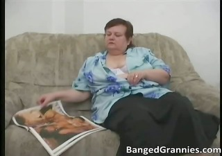 plump mother i whore with large boobs gets horny