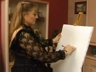 Chubby mature blonde is so thankful her art has