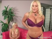 hawt mother i and daughter show twats