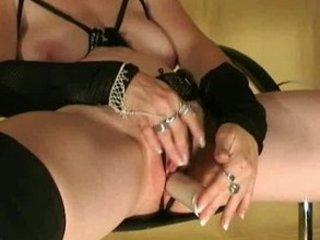 german, older lady with juicy wet crack dildoing