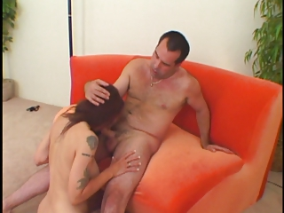 sexy unshaved mature d like to fuck gets pounded